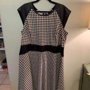 B&W Houndstooth Dress w/faux leather trim 18W